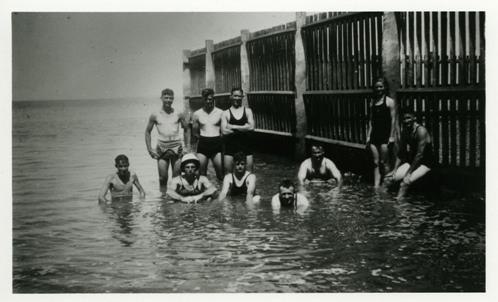 Swimmers at Darwin Baths, ca 1934-1937