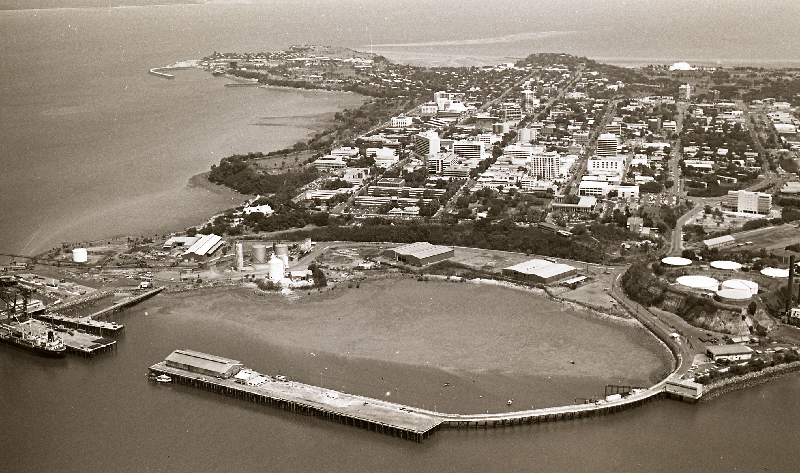 [Darwin Aerial Views, View over harbour, Stokes Hills Wharf in foreground, 21 October 1987] <br />Image courtesy of Northern Territory Archives Service, Department of the Chief Minister, NTRS 3823, item BW2681, 24.
