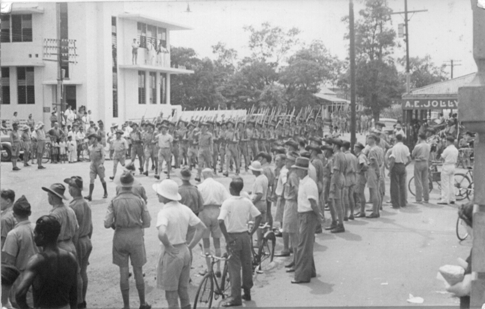 2/25th Battalion from Queensland marching along Smith Street, c1948