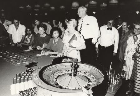 Opening of Mindil Beach Casino Darwin 21 April 1983; from right: Polly England, Mrs Black (Lady Mayoress), Martyn Finger, John England