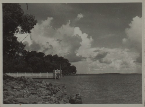 View of Lameroo Baths, Lameroo Beach, Darwin, ca 1942