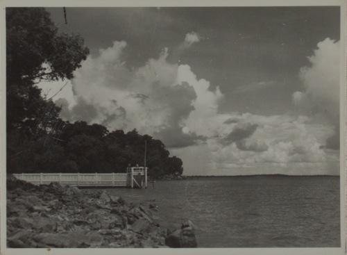 View of Lameroo Baths, Lameroo Beach, Darwin, ca 1942